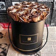 خرید آنلاین و اینترنتی باکس گل رز طلایی با جعبه استوانه ای بند دار در تهران از گلفروشی و فروشگاه شادیچی