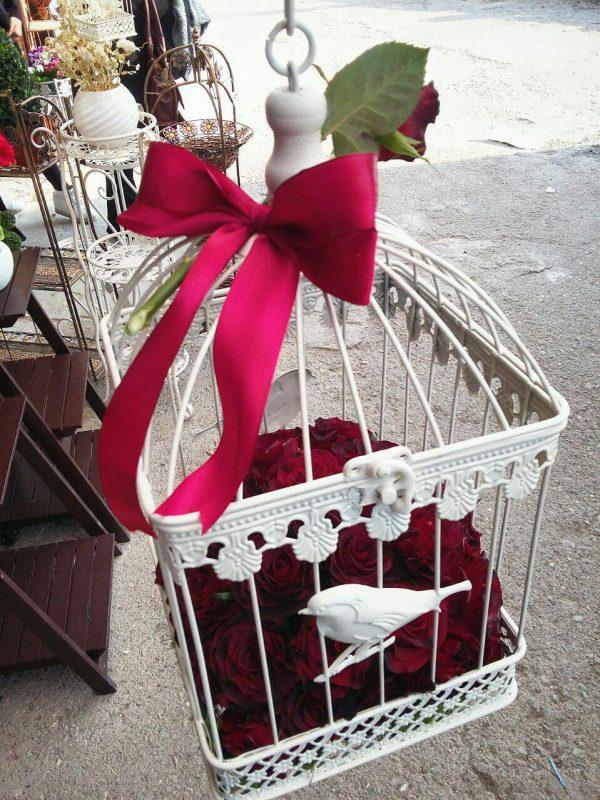 خرید اینترنتی و آنلاین سبد گل رز قرمز فلزی لاکچری آرنیکا در تهران از فروشگاه و گلفروشی انلاین شادیچی