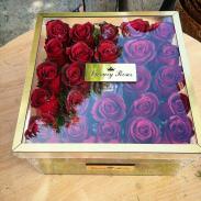 خرید آنلاین جعبه و باکس گل لاکچری رز قرمز در دار در تهران از فروشگاه و گلفروشی انلاین و اینترنتی شادیچی