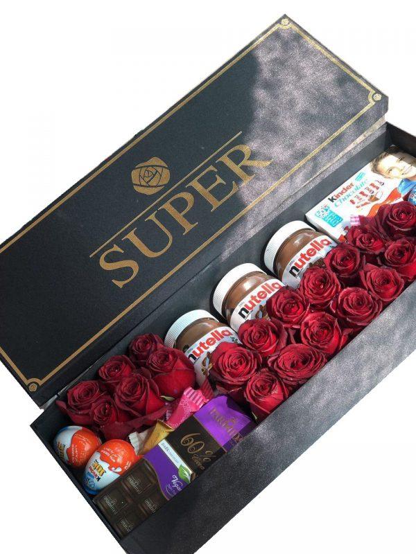 خرید آنلاین و اینترنتی باکس گل و شکلات رز قرمز با جعبه مستطیل در تهران از گلفروشی و فروشگاه انلاین شادیچی