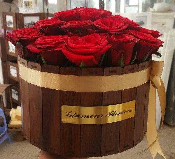 خرید آنلاین باکس گل چوبی با رز قرمز و جعبه استوانه ای در تهران از گلفروشی و فروشگاه اینترنتی و انلاین شادیچی
