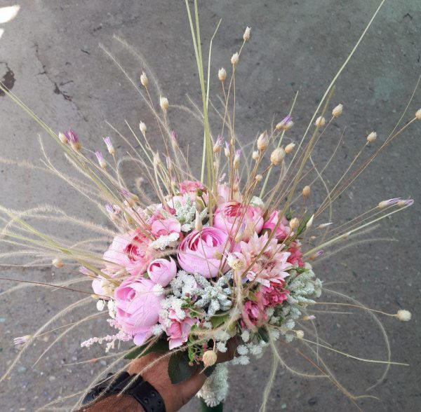 خرید آنلاین و اینترنتی دسته گل سفید عروس برای هدیه و خواستگاری و عروسی در تهران از گلفروشی و فروشگاه انلاین شادیچی