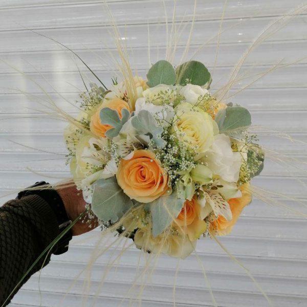 خرید آنلاین و اینترنتی دسته گل عروس در تهران از فروشگاه و گلفروشی انلاین شادیچی