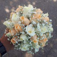 دسته گل خواستگاری خرید آنلاین و اینترنیت دسته گل عروس رز نارنجی و سفید در تهران از گلفروشی و فروشگاه انلاین شادیچی