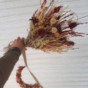 خرید آنلاین و اینترنتی دسته گل سفید قرمز ژورنال برای عروس و خواستگاری و جشن عروسی در تهران از گلفروشی و فروشگاه انلاین شادیچی