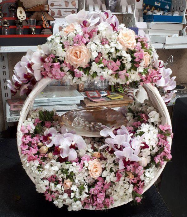 خرید آنلاین و اینترنتی سبد گل شیک در تهران از فروشگاه و گلفروشی انلاین شادیچی