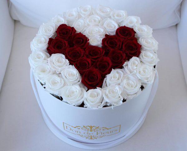 باکس گل استوانه ای هارد باکس با گل رز سفید و قرمز و طراحی شکل قلب شماره 140