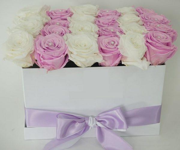 باکس گل مکعبی هارد باکس با گل رز سفید و صورتی شماره 155