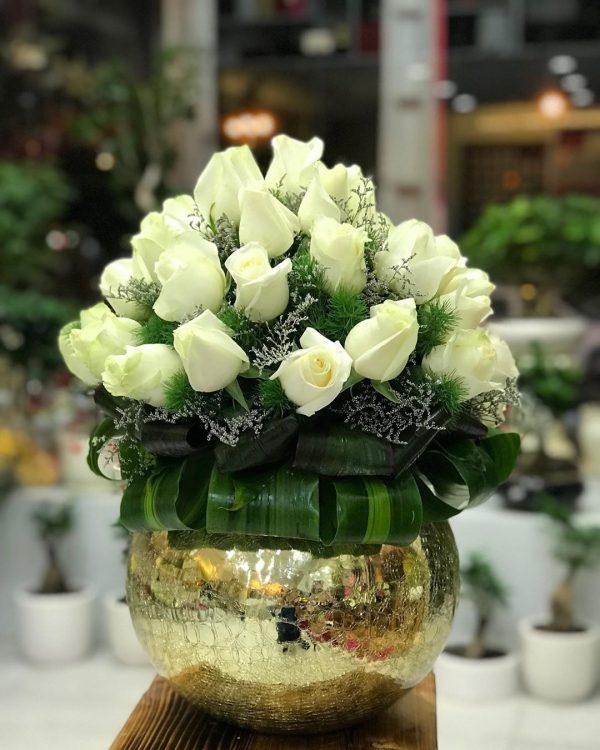 گلدان گل شیشه ای طلایی
