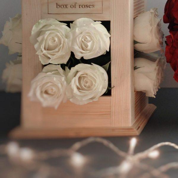 گلدان طرح فانوس برای گل آرایی مجالس شماره 156 2